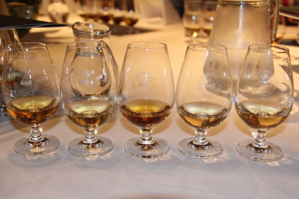The Scotch Malt Whisky Society Skotland 08-06-2012 20-44-39