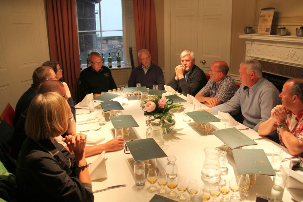 The Scotch Malt Whisky Society Skotland 08-06-2012 20-50-50