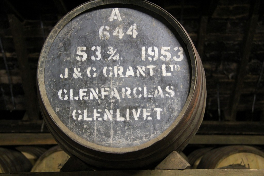 Skotland Glenfarclas Distillery 04-06-2014 11-06-15