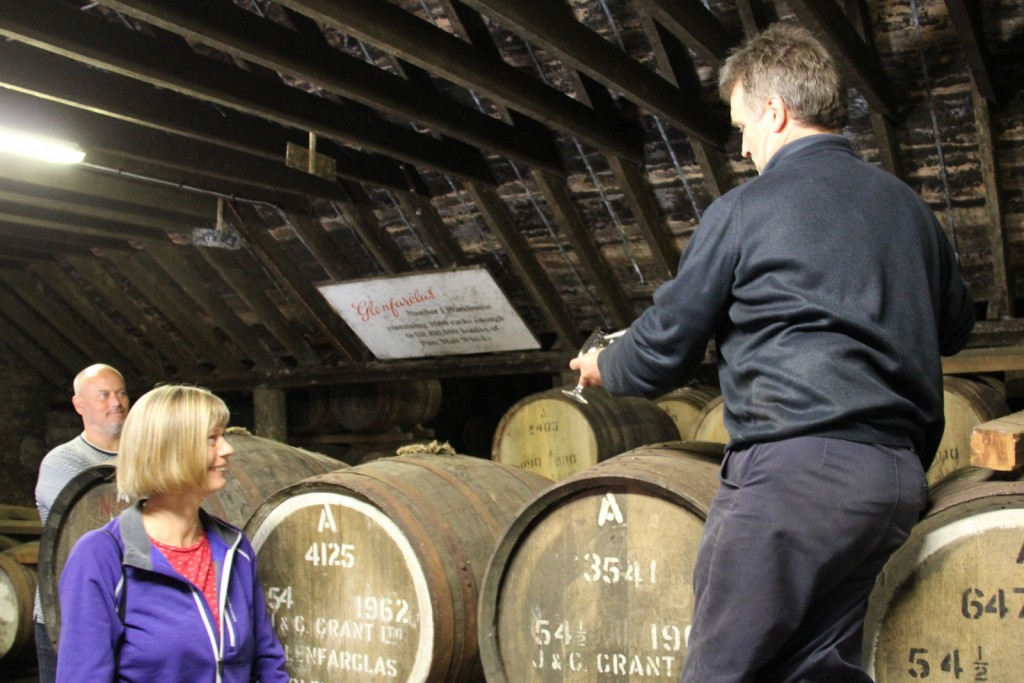 Skotland Glenfarclas Distillery 04-06-2014 11-25-24