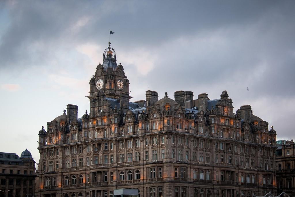Skotland Edinburgh 06-06-2015 21-24-58